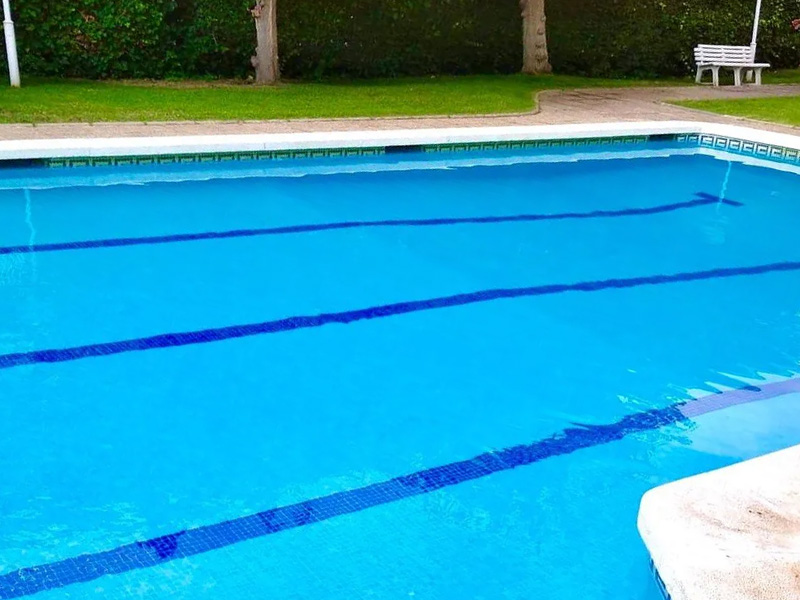 mantenimiento de piscinas en Torredembarra y jardinería